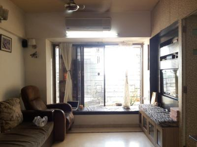 Gallery Cover Image of 1100 Sq.ft 2.5 BHK Apartment for rent in Andheri West for 65000