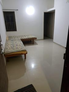 Gallery Cover Image of 800 Sq.ft 2 BHK Independent Floor for rent in Vishala for 13000