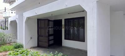 Gallery Cover Image of 3200 Sq.ft 3 BHK Independent House for rent in Gomti Nagar for 35000