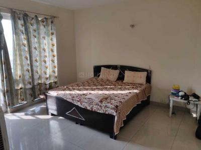 Gallery Cover Image of 1615 Sq.ft 3 BHK Apartment for rent in Sector 110A for 28000
