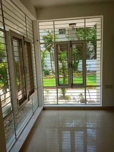Gallery Cover Image of 10000 Sq.ft 4 BHK Independent Floor for rent in Rangpuri for 800000
