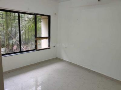 Gallery Cover Image of 1500 Sq.ft 3 BHK Apartment for rent in Dahisar West for 39000