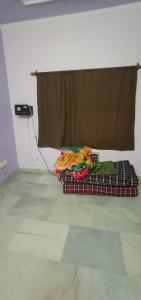 Gallery Cover Image of 250 Sq.ft 1 RK Apartment for rent in Shipra Windsor And Nova Society, Shipra Suncity for 7500
