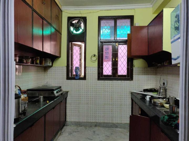 खिरकी एक्सटेंशन में विहान पीजी के किचन की तस्वीर