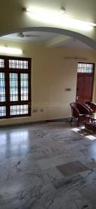 Gallery Cover Image of 1200 Sq.ft 2 BHK Independent Floor for rent in Gomti Nagar for 12999