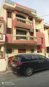 Gallery Cover Image of 2150 Sq.ft 4 BHK Independent House for buy in Sector 41 for 27500000