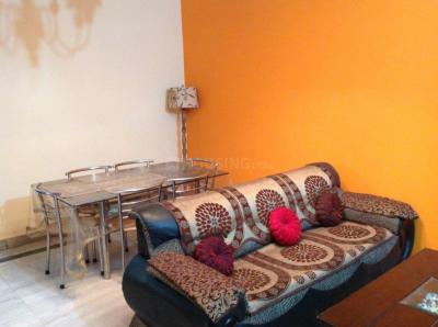 Gallery Cover Image of 1150 Sq.ft 2 BHK Apartment for rent in Sector 82 for 16100