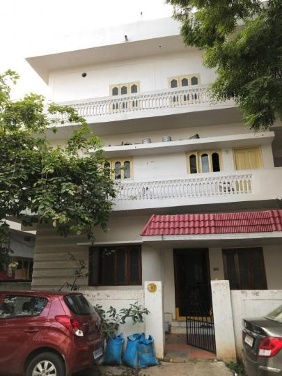 Building Image of 1300 Sq.ft 2 BHK Independent House for rent in Kothapet for 11000