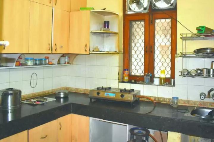 सेक्टर 41 में रूमसून के किचन की तस्वीर