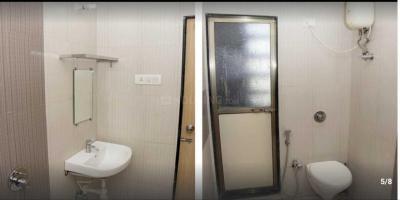 Bathroom Image of PG 4313925 Kandivali West in Kandivali West