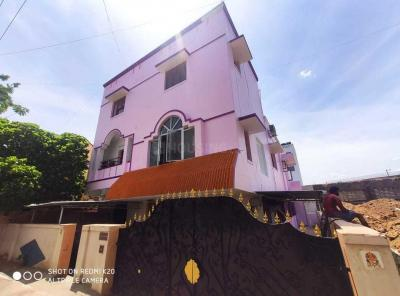 Gallery Cover Image of 1200 Sq.ft 4 BHK Independent House for rent in Koyambedu for 30000