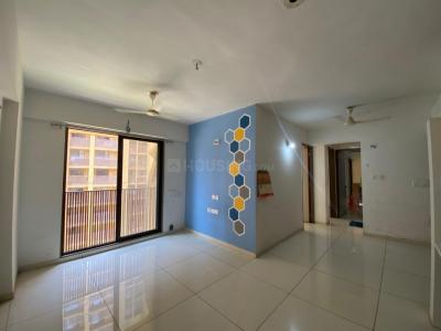 Gallery Cover Image of 1435 Sq.ft 3 BHK Apartment for rent in Gala Marigold, Bopal for 19000