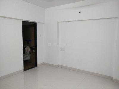 Gallery Cover Image of 1050 Sq.ft 2 BHK Apartment for rent in Goregaon West for 50000