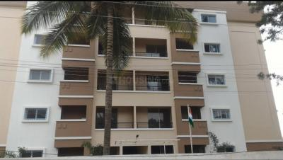 Gallery Cover Image of 950 Sq.ft 2 BHK Apartment for buy in URS Kumbha Woods, Kalena Agrahara for 3500000