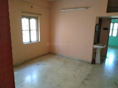Gallery Cover Image of 850 Sq.ft 2 BHK Apartment for rent in South Dum Dum for 10500