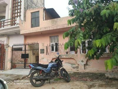 Gallery Cover Image of 2100 Sq.ft 3 BHK Independent House for buy in Chi III Greater Noida for 9500000