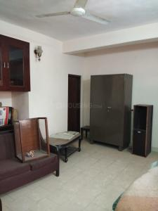 Gallery Cover Image of 550 Sq.ft 1 BHK Independent Floor for rent in Saket for 20000