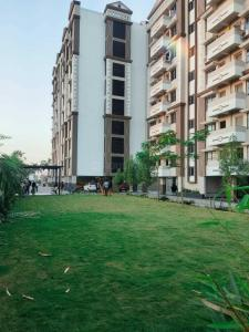Gallery Cover Image of 1485 Sq.ft 3 BHK Apartment for buy in Paradise, Bhatagaon for 4600000