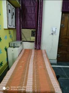Bedroom Image of Esha PG in Karol Bagh