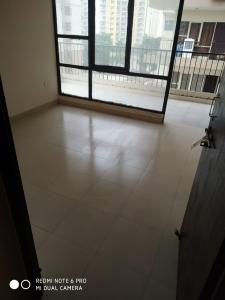 Gallery Cover Image of 1000 Sq.ft 2 BHK Apartment for buy in Sector 82 for 2500000
