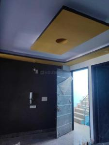 Gallery Cover Image of 800 Sq.ft 2 BHK Independent House for rent in Sector 8 B 81, Sector 8 Dwarka for 17000
