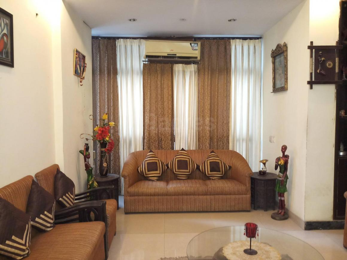 Living Room Image of 1050 Sq.ft 2 BHK Apartment for rent in Vaishali for 18000