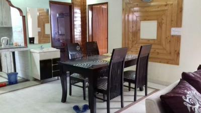 Gallery Cover Image of 1050 Sq.ft 2 BHK Apartment for rent in Vasant Kunj for 45000