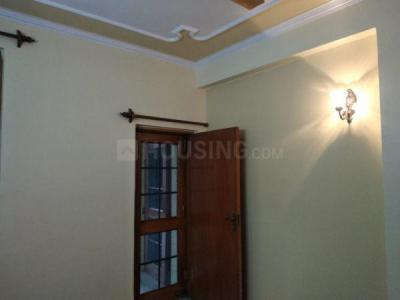 Gallery Cover Image of 1400 Sq.ft 3 BHK Apartment for rent in  Pragjyotishpur Apartments, Sector 10 Dwarka for 30000