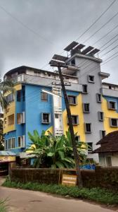 Gallery Cover Image of 8000 Sq.ft 10 BHK Independent House for buy in Kadri for 60000000