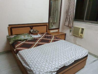 Gallery Cover Image of 700 Sq.ft 2 BHK Apartment for rent in Vile Parle West for 55000