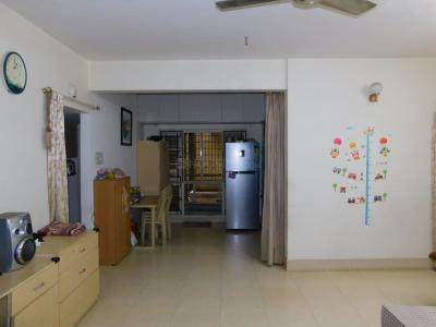Gallery Cover Image of 1050 Sq.ft 2 BHK Apartment for rent in Jayanagar for 23000