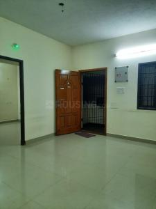 Gallery Cover Image of 900 Sq.ft 2 BHK Apartment for rent in Shenoy Nagar for 18000
