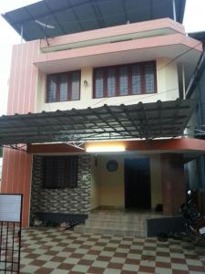 Gallery Cover Image of 2400 Sq.ft 4 BHK Independent House for buy in Thammanam for 7500000