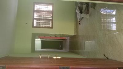 Gallery Cover Image of 800 Sq.ft 2 BHK Independent House for buy in Arumbakkam for 7000000