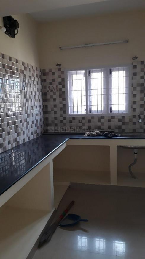 Kitchen Image of 838 Sq.ft 2 BHK Independent Floor for buy in Thoraipakkam for 4100000