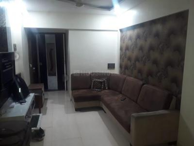 Gallery Cover Image of 550 Sq.ft 1 BHK Apartment for rent in Siddhi Vinayak Apartment, Kandivali West for 21000