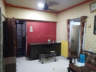 Gallery Cover Image of 750 Sq.ft 2 BHK Apartment for rent in Shankar B Apartment CHS, Santacruz East for 29000