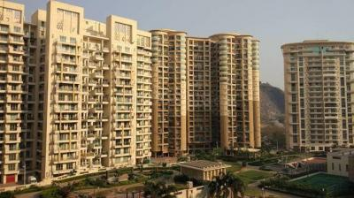 Gallery Cover Image of 1400 Sq.ft 3 BHK Apartment for rent in Nahar Yarrow Yucca Vinca, Powai for 58000