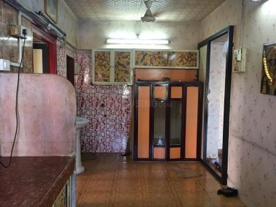 Gallery Cover Image of 600 Sq.ft 2 BHK Apartment for buy in Santacruz East for 12600000