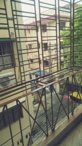 Gallery Cover Image of 800 Sq.ft 2 BHK Independent Floor for rent in Baishnabghata Patuli Township for 12500