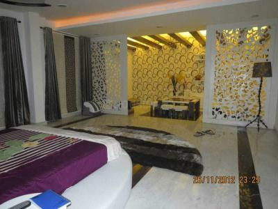 Gallery Cover Image of 1000 Sq.ft 3 BHK Independent Floor for buy in Bijwasan for 3800000