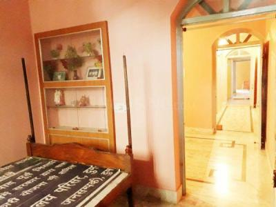 Gallery Cover Image of 1200 Sq.ft 2 BHK Independent Floor for rent in Sipara for 6500