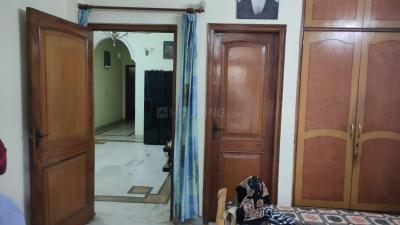 Gallery Cover Image of 1200 Sq.ft 3 BHK Independent Floor for buy in Paschim Vihar for 14200000