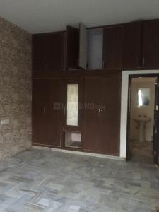 Gallery Cover Image of 1400 Sq.ft 3 BHK Villa for rent in Sector 64 for 40000