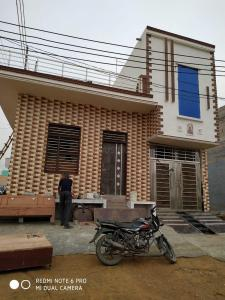 Gallery Cover Image of 900 Sq.ft 2 BHK Independent House for buy in Farukh Nagar for 3800000