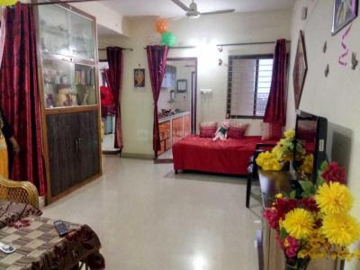 Gallery Cover Image of 950 Sq.ft 2 BHK Apartment for buy in Bamleshwari Colony for 2300000