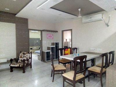 Gallery Cover Image of 1300 Sq.ft 3 BHK Apartment for rent in Jadavpur for 65000