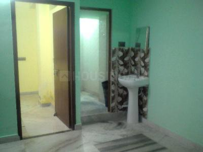Gallery Cover Image of 1060 Sq.ft 2 BHK Apartment for rent in Matri Apartment, Keshtopur for 7500