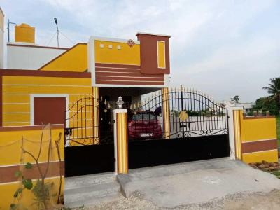 Gallery Cover Image of 650 Sq.ft 1 BHK Independent House for buy in Guduvancheri for 2800000