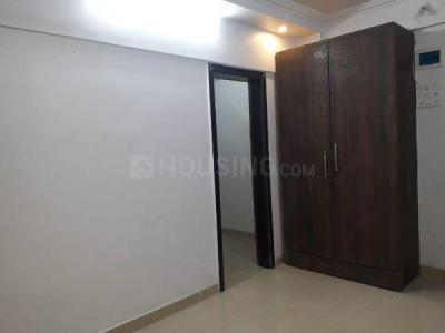 Gallery Cover Image of 400 Sq.ft 1 RK Apartment for rent in  Sheeba Apartment, Andheri West for 16000